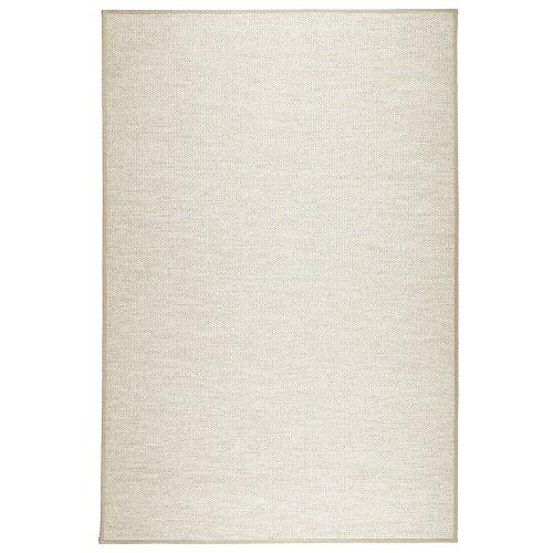 Béžový kusový koberec Aho fínskej značky VM-Carpet z vlny, papierového vlákna a ľanu