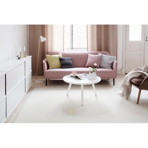 Biely kusový koberec Tunturi fínskej značky VM-Carpet z vlny a papierového vlákna