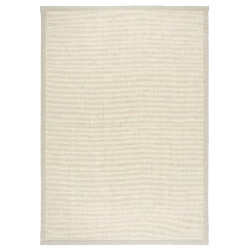 Biely kusový koberec Esmeralda tkaný z vlny a papierového vlákna od fínskeho výrobcu VM-Carpet