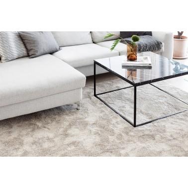 Béžový kusový shaggy koberec Silkkitie od fínskeho výrobcu VM-Carpet